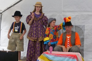 10jähriges Jubiläum Montessori Kindergarten Frasdorf - Clown Hugo und mehr