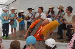 10jähriges Jubiläum Montessori Kindergarten Frasdorf - Monte-Ukulele-Kindergruppe