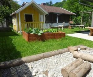 Garten Häuschen Montessori Kindergarten Frasdorf
