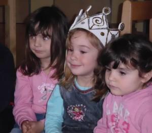 Geburtstagkind Mittelpunkt im Montessori Kindergarten Frasdorf