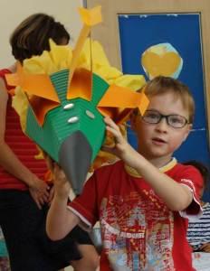 Schultütebasteln - Düsenjet im Montessori Kindergarten Frasdorf